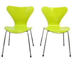 Pair of Model 7 chairs Arne Jacobsen Fritz Hansen  #1stDibs #SpringHues