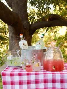 A LITTLE SUSSY: Us Weekly / Bacardi: Southern BBQ Party