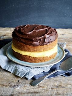 Boston Cream Pie, Tiramisu, Baking, Ethnic Recipes, Food, Winter, Inspiration, Baking Soda, Winter Time