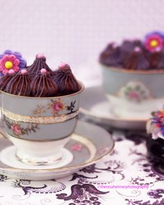 Chocolate cupcake w/Lavender Chocolate Royal Icing by theresahelmer on DeviantArt