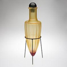 "MARKKU SALO - Lasiveistos ""Amphora"", Sign. Markku Salo, Nuutajärvi Notsjö 1989 1/1. Korkeus 72 cm. Glass Design, Design Art, Glass Bottles, Perfume Bottles, Wine And Spirits, Black Glass, Modern Contemporary, Glass Art, Retro Vintage"