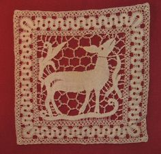 Exquisite 19th Century Lace Doily c1890 Deer/Doe Theme Ex Cond. No Reserve
