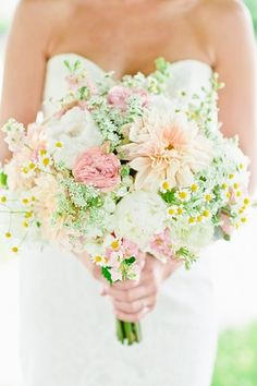 Blush and peach bouquet- just gorgeous!