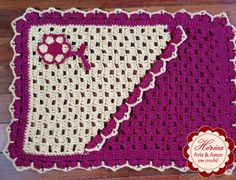 Tapete em Crochê - Bicolor Mini Blocos. Tamanho 60cm X 45cm. Trabalho produzido com Barbante Soberano Eco Brasil fio 6
