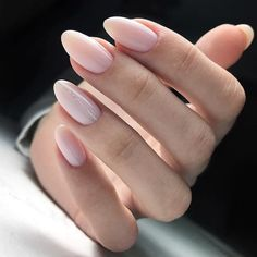 Discover the 10 most popular nail polish colors of all time! - My Nails Stylish Nails, Trendy Nails, Nude Nails, Pink Nails, Hair And Nails, My Nails, Uñas Diy, Different Nail Shapes, Nagel Blog