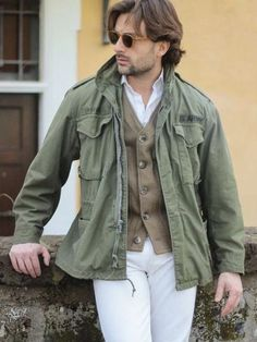 - Fall outfit inspiration with a military field jacket brown cardigan white button up shirt white denim brown sunglasses. Cool Jackets For Men, Types Of Jackets, Men's Jackets, Mode Masculine, Cool Street Fashion, Street Style, Military Fashion, Mens Fashion, Military Clothing