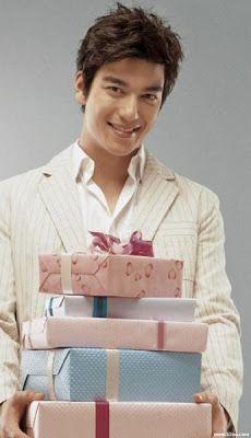 Dennis Oh : August 29 (1981) Dennis Oh, Charming Eyes, Korean American, Korean Star, Birthday List, Look Alike, Asian Men, Looking Gorgeous, Gifts For Girls
