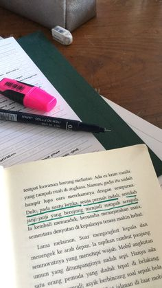Quotes Indonesia Buku 59 Ideas For 2019 Story Quotes, New Quotes, Mood Quotes, Girl Quotes, Daily Quotes, Quotes Galau, Quotes From Novels, Reminder Quotes, Quotes Indonesia