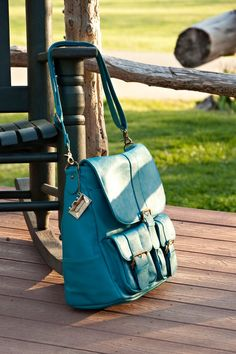 The lovely Epiphanie Turquoise Brooklyn camera backpack! Thank you for sharing this photo, Peggy Kline!