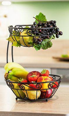 Decorative Bowls, Strawberry, Fruit, Food, Deck Railings, Cool Hairstyles, Closet, Living Room, Essen