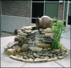 Top Diy Water Fountain Ideas And Projects beautiful small water feature One of the left over pots would work perfectly for this Small Water Features, Outdoor Water Features, Water Features In The Garden, Small Fountains, Garden Fountains, Outdoor Fountains, Backyard Water Feature, Ponds Backyard, Diy Water Feature
