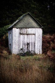 Arne Olivier Fotografie : Left my bike in Scotland. A long time ago.