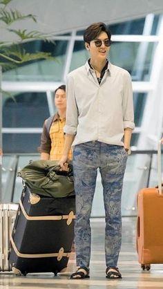 Heo Joon Jae - The Legend of the Blue Sea Heo Joon Jae, Lee Joon, Asian Actors, Korean Actors, Lee Min Ho Wallpaper Iphone, Jun Matsumoto, Lee Min Ho Dramas, Legend Of Blue Sea, Lee Minh Ho