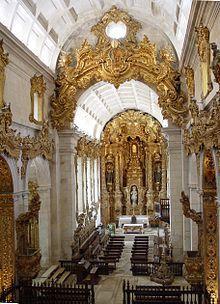 Interno del Mosteiro de Tibães con Talhas (decorazioni lignee). Seguendo il link si possono vedere oltre 80 foto B/N degli interni della chiesa https://commons.wikimedia.org/wiki/Category:Black_and_white_photographs_of_Mosteiro_de_Tib%C3%A3es