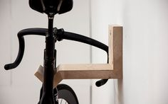 "Creative DIY bike storage racks to solve the ""how to store bikes"" question! These DIY bike racks are inexpensive to make and are simple projects! Indoor Bike Rack, Diy Bike Rack, Bike Hanger, Bike Storage Rack, Bicycle Rack, Bicycle Tools, Bicycle Wheel, Wall Mount Bike Rack, Bike Mount"