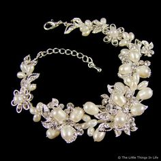 This is a great site for wedding jewlery. Great gift ideas for your bridal party.