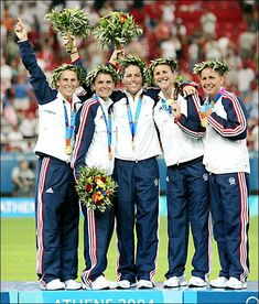 With the 2012 Summer Games going on in full force, we were curious about the history between the classic olive branch wreaths and Olympic athletes. 2004 Olympics, Olive Wreath, Mia Hamm, Soccer Girl Problems, Manchester United Soccer, Olympic Athletes, Summer Games, Lionel Messi, Soccer Players