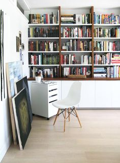 An Artistic Couple's Toronto Home (Design*Sponge) Home Living Room, Living Spaces, Kirkland House, Toronto, Built In Bookcase, Wood Bookshelves, Home Libraries, Finding A House, Built Ins