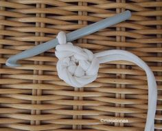 Modern Christmas, Christmas Diy, Clothes Hanger, Knitting, Strands, Coat Hanger, Tricot, Christmas Makes, Clothes Hangers