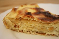 Romanian Food For Foreigners: Placinta Dobrogeana (Cheese Pie Dobrogeana Style) Sicilian Recipes, Turkish Recipes, Greek Recipes, Romanian Desserts, Romanian Recipes, Romania Food, European Cuisine, Scottish Recipes, Cheese Pies
