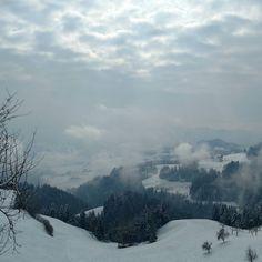 Winter was coming 8-/ #heuteso #büroaussichten #entlebuch