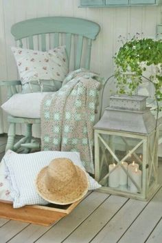 Seaside Cottage Decor