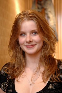 Rachel Hurd-Wood - Added to Beauty Eternal - A collection of the most beautiful women. Beautiful Red Hair, Beautiful Eyes, Most Beautiful Women, Beautiful People, Rachel Hurd Wood, Red Heads Women, Red Hair Woman, Girls With Red Hair, Natural Redhead