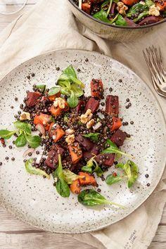 Linsen Salat mit gerösteter Süßkartoffel und Rote Bete. Einfache gesunde SüßKartoffeln Rezepte Elle Republic