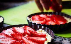 Mini strawberry pies for Cookapp.com
