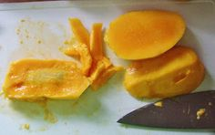 At last Mango Season - How to freeze to have on hand for sauces, glazes, jellies, and drinks.  Easy Life Meal & Party Planning http://easylifemealandpartyplanning.blogspot.com/2013/04/at-last-mango-season.html