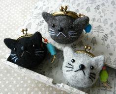 ネコがま3個 teeny weeny mini cat purses super cute kawaii key charm fashion accessory work well on a pendant too with a mini lip gloss in it for emergencies japan pop street style gift for teens and friends