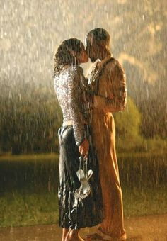 Romantic couple kissing in rain Romantic Couple Kissing, Romantic Couples, Romantic Kisses, Hot Couples, Black Couples, The Kiss, Kiss Me, Kissing In The Rain, Dancing In The Rain