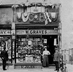 Tunbridge Wells Camden Road 1911 for George V coronation Old Pictures, Old Photos, Camden Road, Side Road, Tunbridge Wells, Vintage London, Roads, Lost, Wellness
