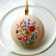 """좋아요 2,549개, 댓글 79개 - Instagram의 Flower Boho Clay Embroidery(@stories_made_by_hands)님: """"These are the one of my favorite floral designs that I made. I enjoy so much in creating unique and…"""""""