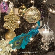 I love this step by step guide for how to decorate a Christmas tree. It has some great tips for making your Christmas tree decorations look awesome! And I love the glam purple, gold and blue color scheme. Christmas Tree Colour Scheme, Blue Christmas Tree Decorations, Purple Christmas Tree, Merry Christmas, Creative Christmas Trees, Beautiful Christmas Trees, Christmas Room, Elegant Christmas, Holiday Decor