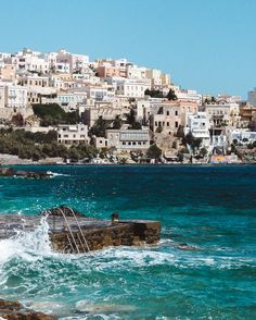 Back in August, Gary and I went to my cousin's wedding in Greece. We flew to Mykonos from Gatwick, and stayed overnight at the Rocabella Mykonos – which I fully recommend because it is BEAUTIFUL. The staff were lovely from the get-go,…