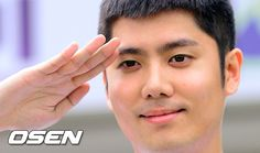 SS501′s Kim Kyu Jong enlists in the army