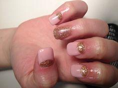 Gel nails pastel & glitter!