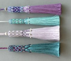 Clare Matthews creates hand woven rugs and tapestries for walls and floors and Passementerie, hand beaded tassels to decorate and accessorize. Diy Tassel, Tassel Jewelry, Tassels, Beading Projects, Beading Tutorials, Beading Patterns, Bead Earrings, Tassel Earrings, Beaded Jewelry Designs