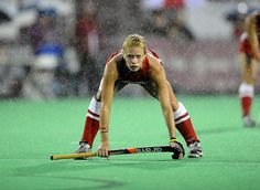 100 Most Amazing Sports Pictures Thanks to my daughter have discovered wonders of hockey!Thanks to my daughter have discovered wonders of hockey! Field Hockey Girls, Sports Website, Fox Sports, Sports Wall, Body Poses, Hockey Players, Hockey Teams, Sports Pictures, Athletic Women