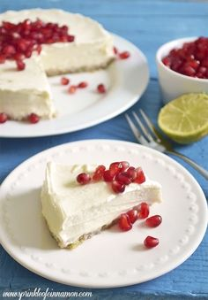 No bake cheese cake - Simple no bake lime Greek yogurt cheesecake with pomegranate to impress your guests with little effort and lots of flavor. #cheesecake #pomegranate #greekyogurt www.sprinkleofcinnamon.com
