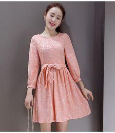 ชุดเดรสผ้าลูกไม้ เนื้อดี สีชมพูโอรส ตัวผ้าลูกไม้ เย็บผสมกับผ้าสีชมพูเนื้อเงา รหัสสินค้า SC5120 ราคา 790 บาท Line id: thaishoponline
