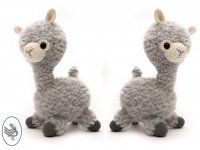 Oooh she is so cute, Alpaca Almina! CuteDutch designed her especially for our new Furry yarn, which made Almina super soft and cuddly. Diy Crochet Toys, Crochet Gifts, Crochet Animals, Crochet Hooks, Free Crochet, Quick Knitting Projects, Crochet Projects, Crochet Doll Pattern, Crochet Patterns Amigurumi