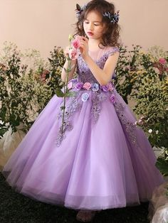 Highest quality Little one Dress Dresses for your newborn baby, We have a very nice selection of hand made car toddler mini skirts evening wear. Baby Girl Party Dresses, Little Girl Dresses, Wedding Party Dresses, Baby Dress, Bridesmaid Dresses, Gowns For Girls, Frocks For Girls, Kids Frocks, Girls Dresses