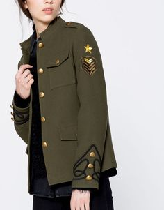 Military Chic, Military Style Jackets, Military Inspired Fashion, Military Fashion, Militar Jacket, Military Costumes, Chic Outfits, Fashion Outfits, Fashion Details