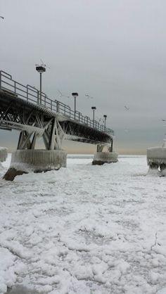 Edgewater pier, Cleveland Ohio