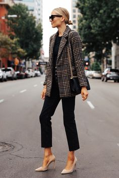 Fashion Jackson Wearing Abercrombie Wool Plaid Blazer Black Tshirt Black Raw Hem Jeans Fall Outfit – T-Shirts & Sweaters Mode Outfits, Fall Outfits, Casual Outfits, Fashion Outfits, Blazer Fashion, Fashion Ideas, Black Blazer Outfits, Black Tshirt Outfit, Plaid Fashion