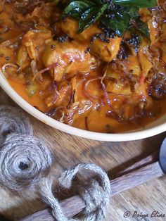 Festival Fish Curry: put it in a slow cooker now. Slow Cooker Recipes, Crockpot Recipes, Healthy Recipes, Recipe Cover, Indian Food Recipes, Ethnic Recipes, Fish Curry, Slow Cooking, Fish And Seafood
