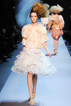 Christian Dior | Fall 2011 Couture Collection | Style.com
