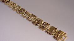 Schakelarmband, speciaal handgemaakt voor …? (vult u zelf maar in)   #edelsmid #tvdh #handgemaakt #handmade #uniekhandgemaakt #edelsmeden #unique #ambacht #custommade #nofilter #jewelry #goldsmith #handmadejewelry #jewellery #goudsmid #roermond #sieraad #sieraden #handcrafted #jewels #goud #gold #armcandy #armband #jewelrydesign #bracelet #design